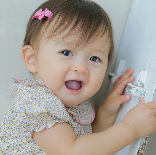 Baby girl♡はじめてのヘアクリップ♡https://bonitatokyo.com/#amaiakids #アマイアキッズ  #アマイアキッズ専門店 #bonitatokyo #ボニータトウキョウ #ヘアクリップ #ヘアクリップベビー #シャーロット王女 #キャサリン妃 #女の子ベビー #女の子赤ちゃん #出産祝い #出産祝いギフト #ベビーモデル #たまひよ #女の子ベビー予定 #女の子ママ #赤ちゃんのいる生活 #ママライフ #mamagirl #millymilly #studiocoffret #スタジオコフレ #ファーストバースデー #キッズフォトスタジオ