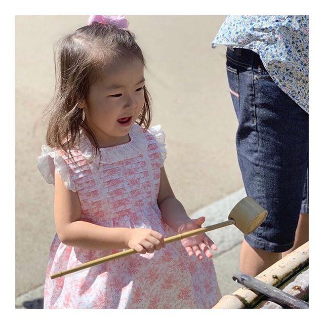 Amaia Kids ♥Look! We found a little princess!アマイアキッズのBella dressをお召しのお姫様みいつけた♡Thank you @paris_forever.a.y お客様方♡ぜひお写真を送ってくださいね。 @bonitatokyo https://bonitatokyo.com#アマイアキッズ専門店 #amaiakids #アマイアキッズ #bonitatokyo #ボニータトウキョウ #シャーロット王女 #キャサリン妃 #英国フェア #女の子服 #お姫様ドレス #プリンセスワンピース #娘服 #女の子ママ #女の子ママ予定