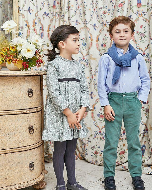 Amaia Kids ♥兄弟姉妹リンクコーデ写真女の子ワンピース: Sol dress写真右男の子シャツ: Pereprine shirt – Blueパンツ: Theodore trousers – Greenセーター: Paul jumper- Blue 日頃の感謝を込めて、セール開催中12月1日(日)23:59まで一部商品20%オフ!「キャッシュレス・消費者還元制度」でオンラインショップにてクレジットカードご利用のお客様はお支払い金額の5%還元中︎↓↓https://bonitatokyo.com#アマイアキッズ専門店 #ボニータトウキョウ #bonitatokyo #amaiakids #アマイアキッズ #シャーロット王女 #キャサリン妃 #海外子供服 #女の子ママ #子供服 #女の子服 #ベビー服 #ベビー用品 #出産祝い #リバティプリント #むすめふく #女の子ファッション #赤ちゃんのいる生活  #子どものいる暮らし #むすこふく #キッズフォーマル #男の子ファッション