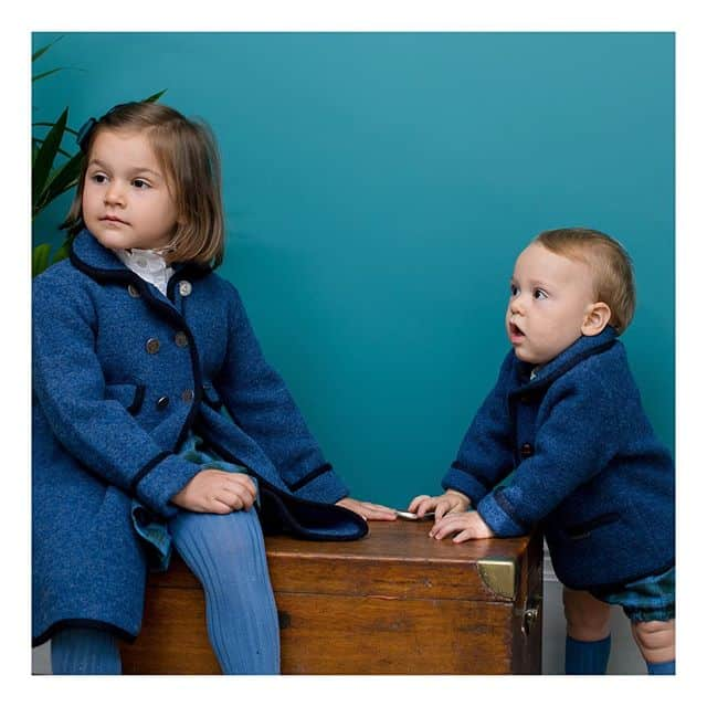 Amaia Kids ♥Our favorite Razorbil coat and Redwink jacketAmaia Kidsのブルーのコートとジャケット。アマイアブルーの美しいお色にうっとり。圧縮ウールの丈夫さを堪能いただける人気商品です。♡♡♡♡♡オンラインショップにてウィンターセール開催中です。ギフトにはAmaia Kidsオリジナルギフトボックスをご利用ください。「キャッシュレス・消費者還元制度」でオンラインショップにてクレジットカードご利用のお客様はお支払い金額の5%還元中︎↓↓https://bonitatokyo.com#アマイアキッズ専門店 #bonitatokyo #amaiakids #アマイアキッズ #シャーロット王女 #キャサリン妃 #ジョージ王子 #むすめふく #娘コーデ #女の子ママ #男の子ママ予定 #出産祝いギフト #男の子べビー #男の子ママ #赤ちゃんコーデ