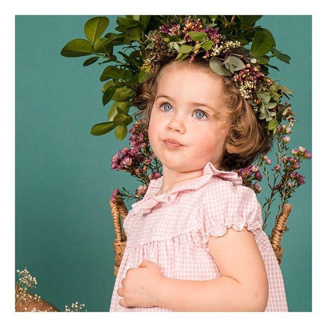 Amaia Kids ♥ピンクのギンガムチェック今期Amaia Kids(アマイアキッズ)コレクションの女の子商品にある淡いピンク色のギンガムチェック柄。ワンピースやパンツ、どれも安定の可愛さです。♡♡♡♡♡♡♡♡♡↓↓ショップ伊勢丹新宿店本館6階(現在臨時休業中)↓↓オンラインショップhttps://bonitatokyo.com︎「キャッシュレス・消費者還元制度」でオンラインショップにてクレジットカードご利用のお客様はお支払い金額の5%還元中#bonitatokyo #amaiakids #アマイアキッズ #アマイアキッズ専門店 #シャーロット王女 #キャサリン妃 #ジョージ王子 #ルイ王子 #ピンク好き #むすめふく #女の子ベビー #女の子コーデ #女の子ママ #出産祝いギフト #キッズファッション女の子 #ママライフ #ギンガムチェック #むすめこーで