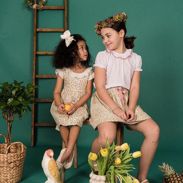 Amaia Kids ♥Yellow Floral♡イエローの花柄リバティプリントを使用した女の子アイテムたち。見ているだけで気持ちが明るくなる嬉しいラインナップです。@bonitatokyo↓↓オンラインショップhttps://bonitatokyo.com︎「キャッシュレス・消費者還元制度」でオンラインショップにてクレジットカードご利用のお客様はお支払い金額の5%還元中。︎ Amaia Kids (アマイアキッズ)で使用したリバティファブリックで作られた未発売のブランドオリジナルポーチを『税抜35,000円以上』お買上げのお客様にプレゼント【個数限定】詳しくはHPをご覧ください。↓↓ショップ伊勢丹新宿店本館6階(現在臨時休業中)#bonitatokyo #amaiakids #アマイアキッズ #アマイアキッズ専門店 #シャーロット王女 #キャサリン妃 #ジョージ王子 #ルイ王子 #ベビーギフト #女の子ママ #女の子ベビー #出産祝いギフト #出産祝い #ママライフ #むすめふく #姉妹コーデ #リバティ子供服