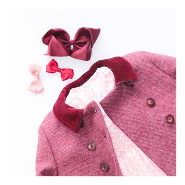 Amaia Kids ♥Classic coat.️今シーズンAmaia Kidsに初登場したClassic coat.️シックで上品なお色味とクラシックなデザインに胸が弾みます。しっかりした裏地付で冬に大活躍、間違いなしRazorbil coatもカラーチョイスで迷いますが、こちらのコートもあるとどれにするか悩みに悩んでしまいますね❣️伊勢丹新宿店でもアウターは沢山ご紹介予定ですので、催事期間中に是非ご覧ください◉9月30日(水)までPayPay決済をご利用のお客様はお得な2つのキャンペーンをお使いいただけます。上限5,000円・10万円相当の付与のチャンス❣️期間中、各キャンペーンお1人様1回のみご利用が可能です。詳しくはHPをご覧ください。↓↓ONLINE STOREhttps://bonitatokyo.com︎伊勢丹新宿店 Isetan Shinjuku POP UP SHOP期間: 2020年9月23日(水)〜29日(火)営業時間: 午前10時〜20時場所: 本館6階 リ・スタイルキッズ【9月25日(金)は伊勢丹新宿店よりご招待されたお客様のみ入場可。25 September is closed to the public due to the private event.】︎阪急うめだ本店 Hankyu Umeda British Fair.期間: 2020年10月7(水)〜12日(月)#bonitatokyo #amaiakids #アマイアキッズ #シャーロット王女 #キャサリン妃 #女の子ベビー服 #女の子服 #出産祝い #むすめふく #キッズアウター #キッズコート #isetanshinjuku #伊勢丹新宿店 #paypay