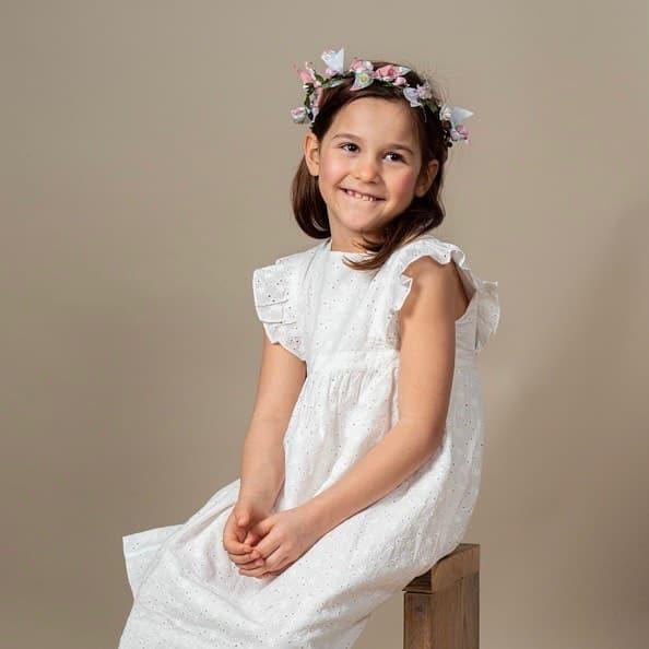 コットンレース🦢天使のようで可愛いくてたまらない真っ白のお洋服に包まれた女の子。春夏のホワイトアイテムはやはり大人気です🤍差し色で遊べる楽しさも@bonitatokyo︎ONLINE STOREhttps://bonitatokyo.com#bonitatokyo #amaiakids #アマイアキッズ #シャーロット王女 #キャサリン妃 #女の子ママ #子供服 #白コーデ #リバティプリント #コットンレース #女の子服